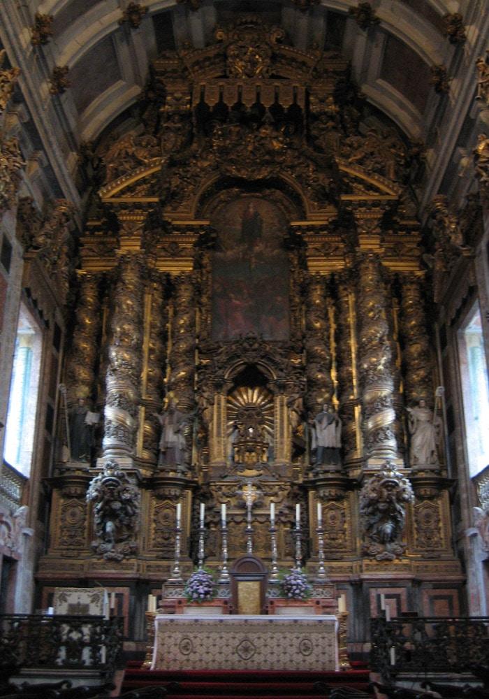 Altar mayor de la Catedral de Oporto qué ver en Oporto
