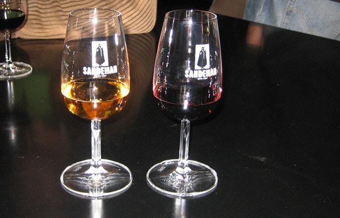 Cata de vinos en las Bodegas Sandeman