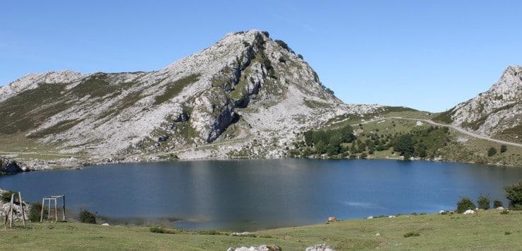 vista-lagos-de-covadonga-asturias