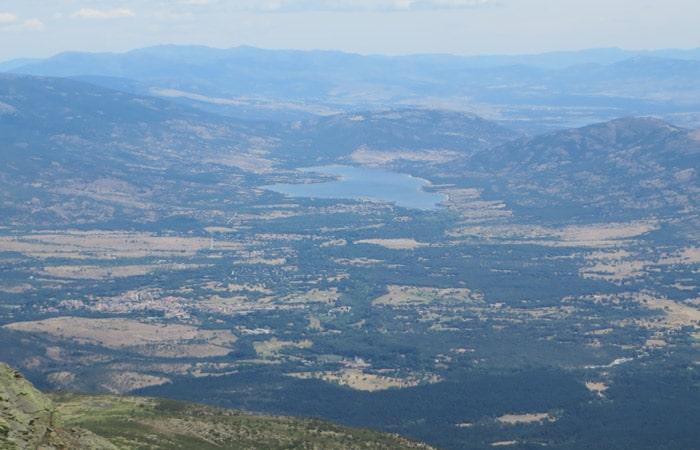 Vista del embalse de Pinilla desde la cima
