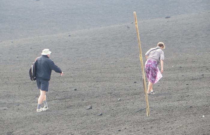 Domingueros subiendo el Etna