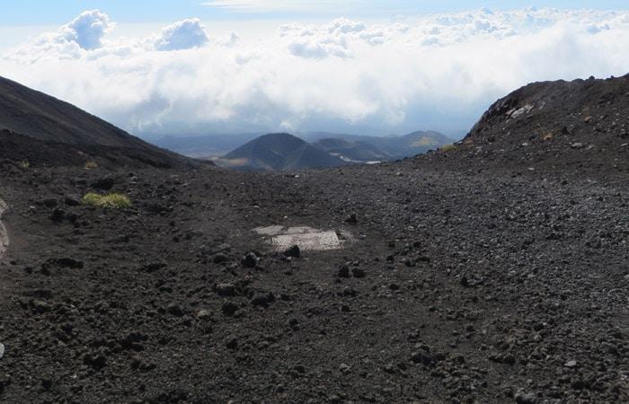 Un punto de la pista del primer tramo de la subida al Etna