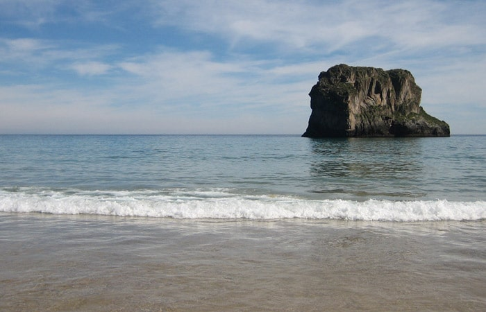 Islote de Castro Ballota turismo en Asturias