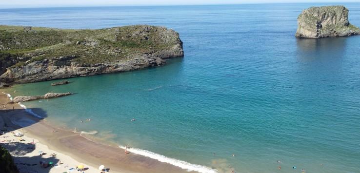 playa-de-la-ballota-andrín-asturias