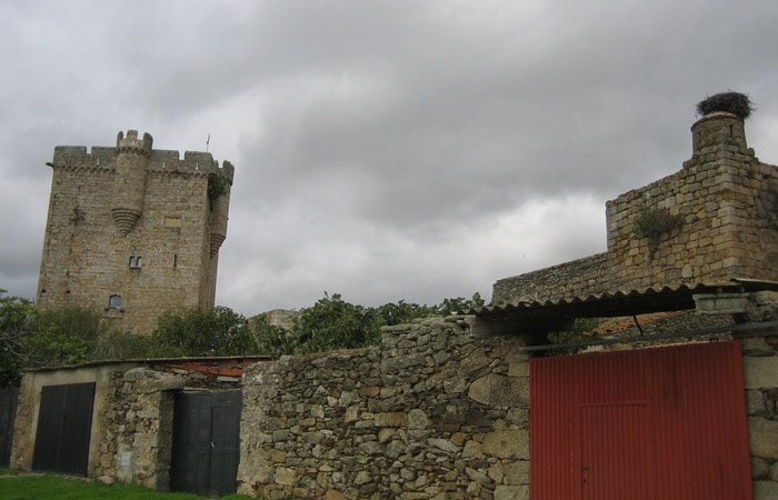 Castillo de San Felices de los Gallegos Puente de los Franceses