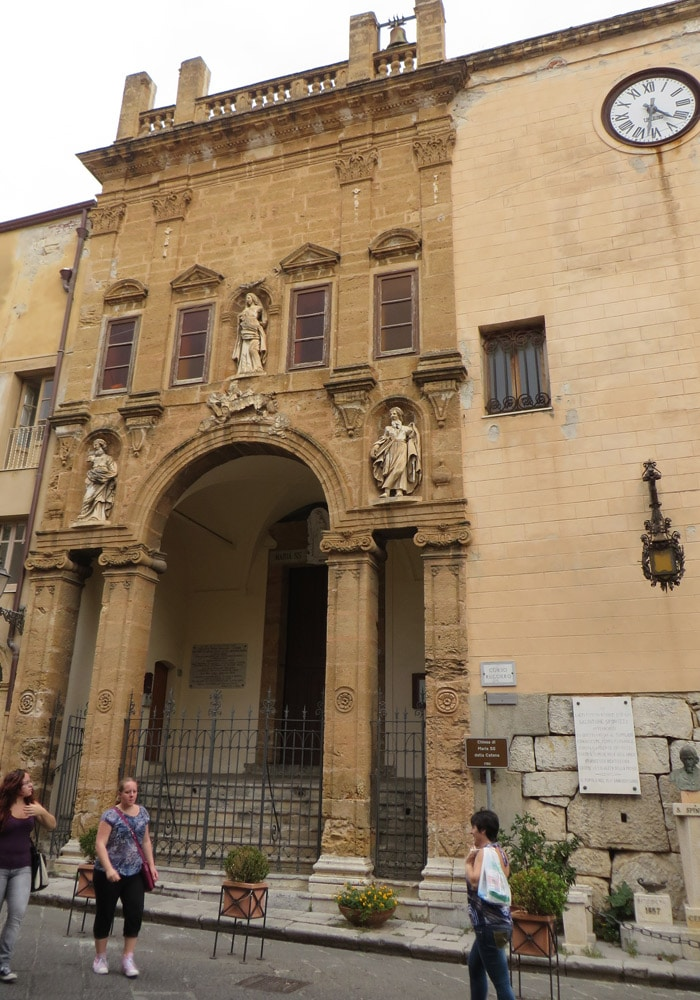 Chiesa di María SS della Catena que ver en Cefalú