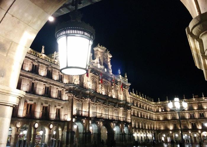 Fachada del Ayuntamiento en la Plaza Mayor que ver en Salamanca