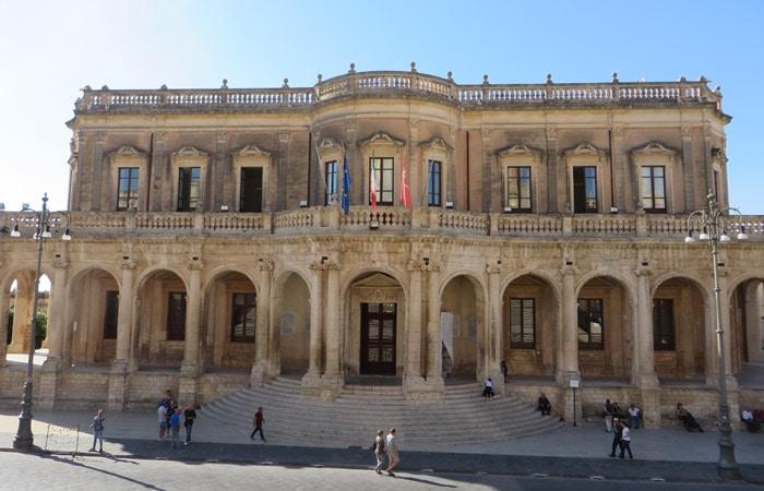 Palazzo Ducezio en Noto Sicilia
