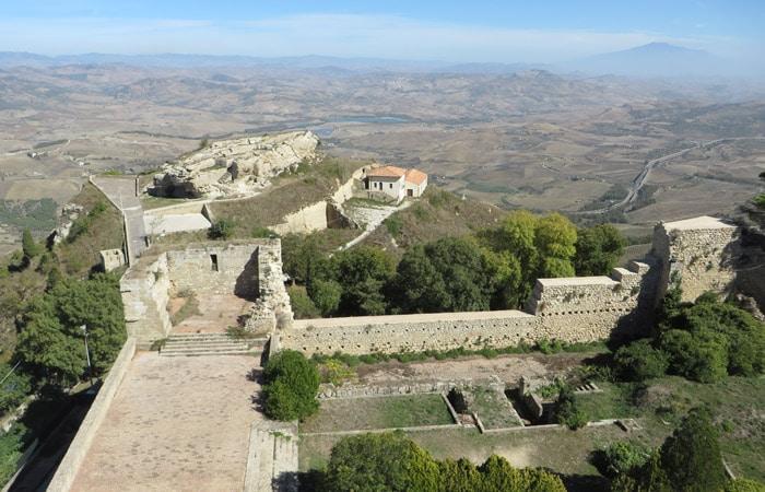 Vista desde el Castillo de Lombardía de Enna Sicilia