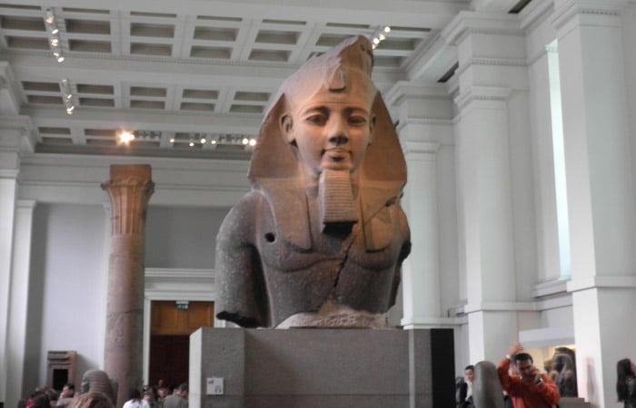 Busto Colosal de Ramses II en el British Museum museos de Londres