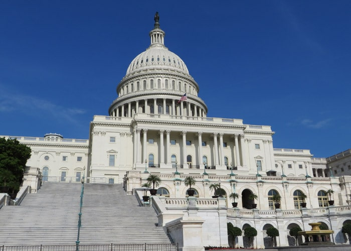 Vista trasera del Capitolio de los Estados Unidos Washington