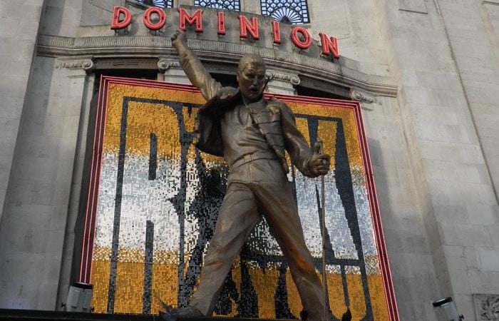 Musical We Will Rock You en el Dominion Theatre ruta por Londres