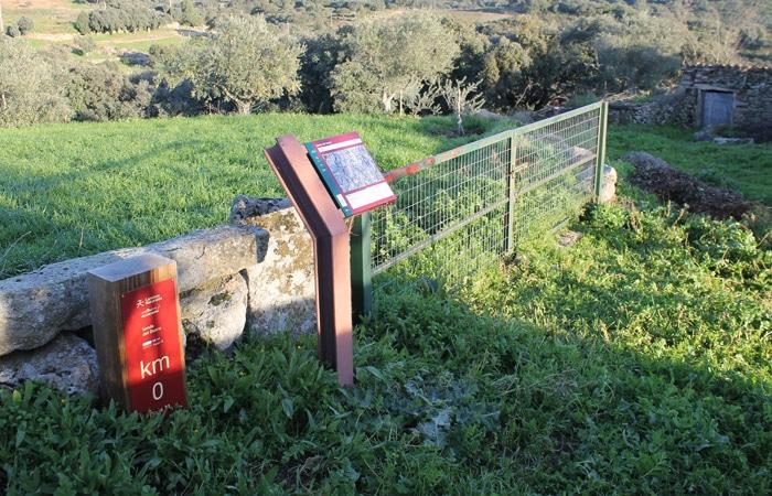 Inicio de la Etapa 31 de la Senda del Duero en Pinilla de Fermoselle