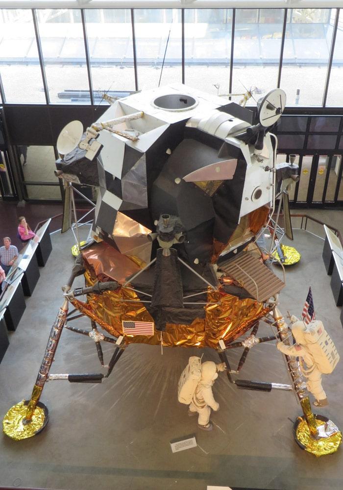 Nave Apolo en el Museo Nacional del Aire y el Espacio de Estados Unidos Washington