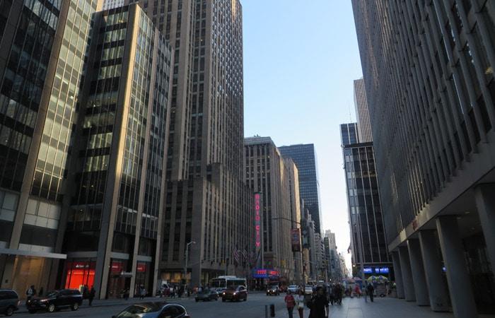 Avenida de las Américas contrastes de Nueva York