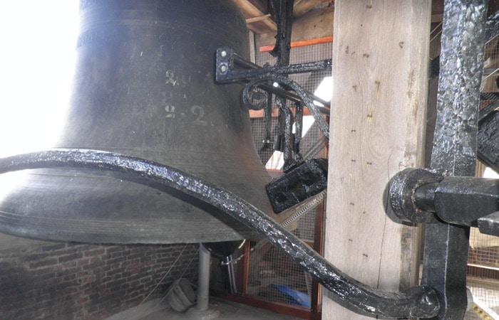 Campana en el interior de la Torre del Campanario qué ver en Brujas en un día