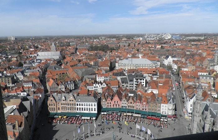El Markt y el resto de la ciudad desde la Torre del Campanario qué ver en Brujas en un día