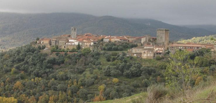 Vista de Miranda del Castañar desde el Camino de los Rodales