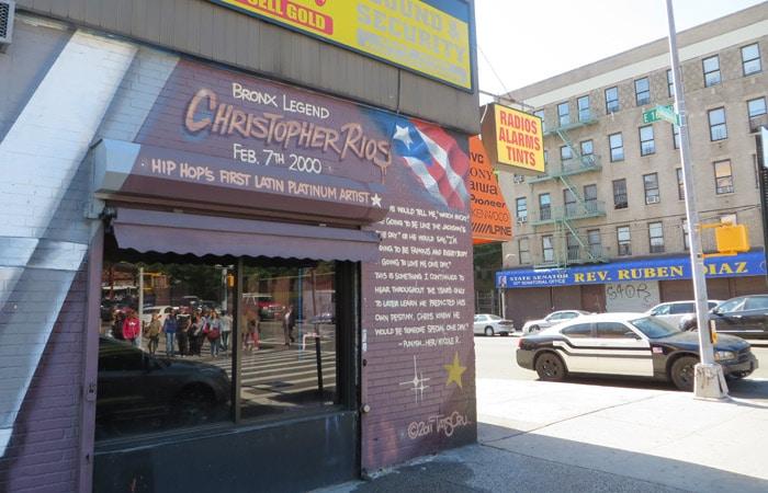 Recuerdo a Big Pun en el Bronx contrastes de Nueva York