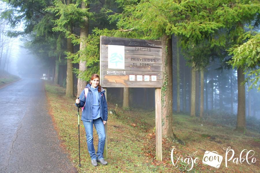 Cartel del parque natural del Gorbea en la subida a Pagomakurre