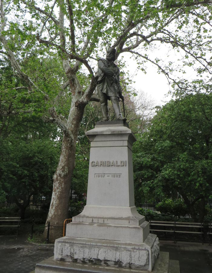 Estatua de Garibaldi en Washington Square