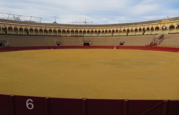 Ruedo y tendidos de la Maestranza monumentos de Sevilla