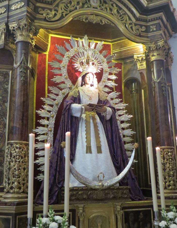 Nuestra Señora de la O de Gloria en Triana vírgenes de Sevilla