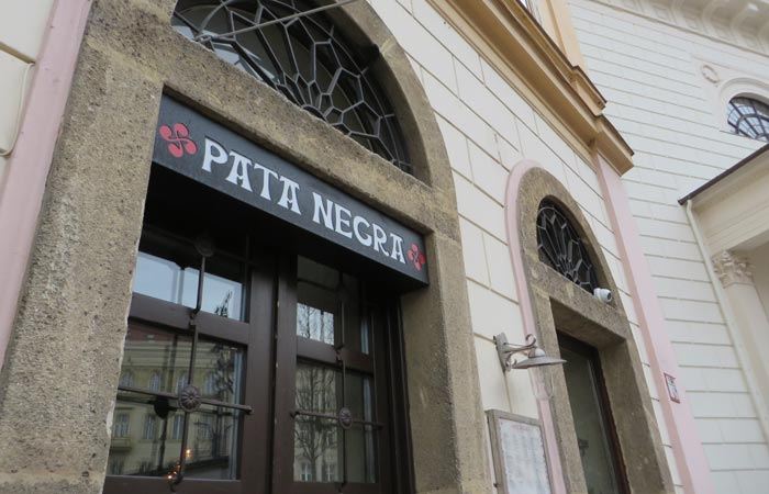 Bar de tapas españolas Pata Negra de Budapest