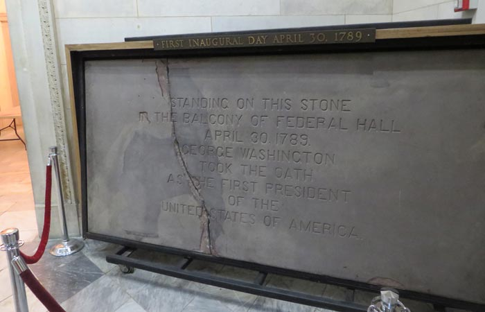 Placa de la investidura de Washington en el Federal Hall