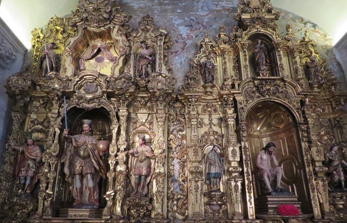 Retablo de San Fernando y del Cristo de la Humildad y la Paciencia en la iglesia del Salvador monumentos de Sevilla