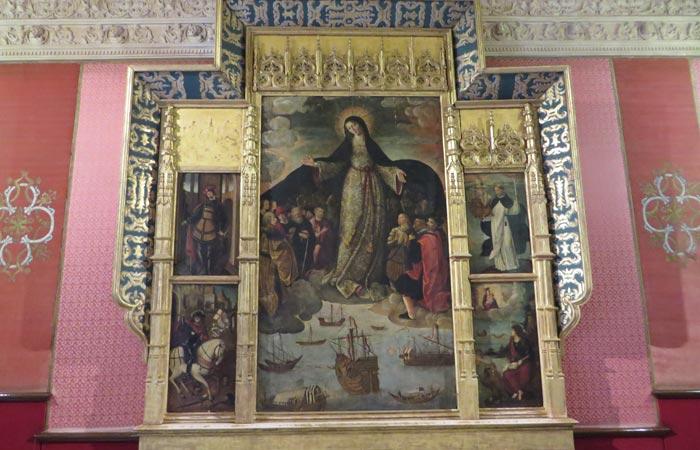 Retablo de la Virgen de los Mareantes en los Reales Alcázares monumentos de Sevilla