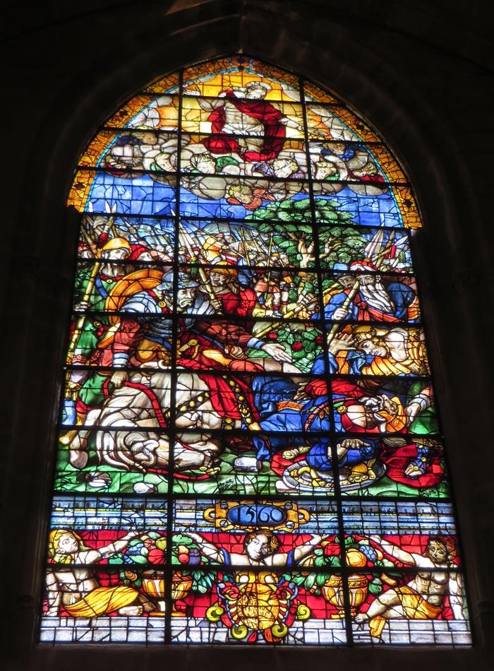 Vidriera de la Catedral monumentos de Sevilla