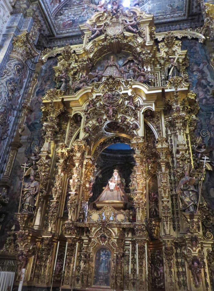 Virgen de las Aguas en la iglesia del Salvador monumentos de Sevilla