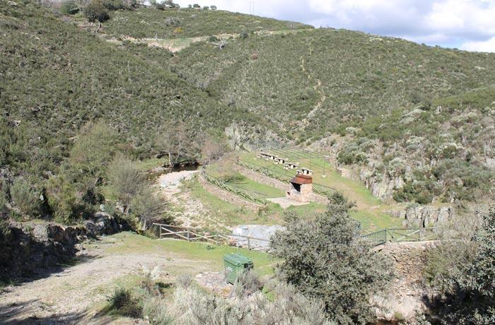 Vista del Charco de los Mozos Monsagro rutas por la Sierra de Francia
