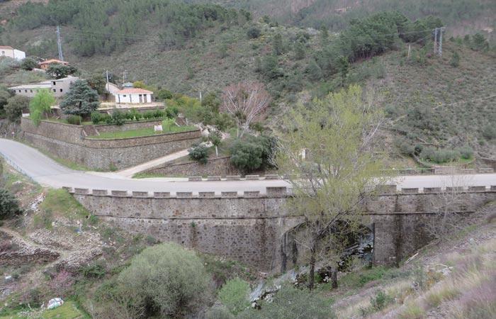 Puente río Hurdano Casares de Las Hurdes