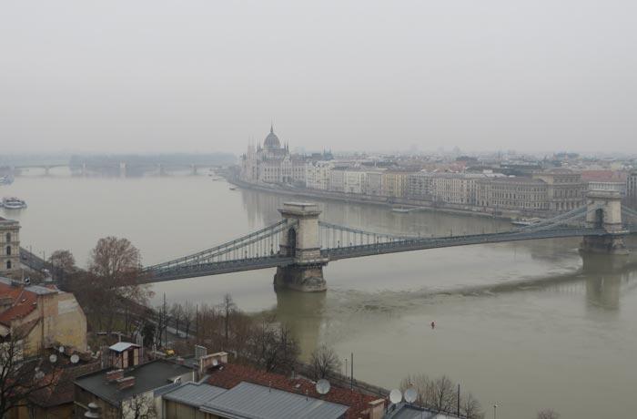 Puente de las Cadenas desde el Castillo de Buda