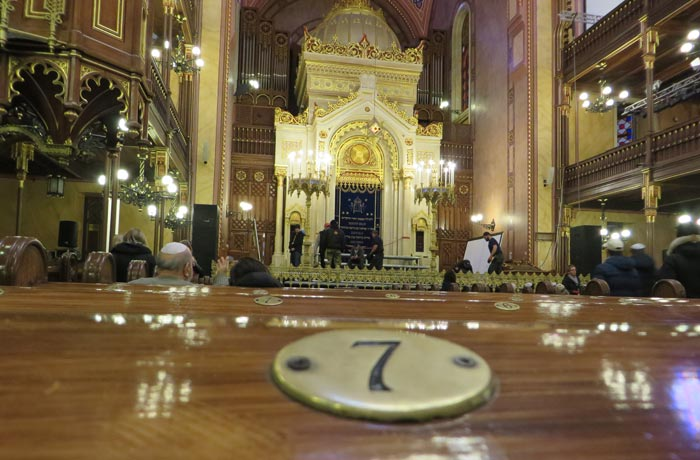 Bancos Gran Sinagoga de Budapest