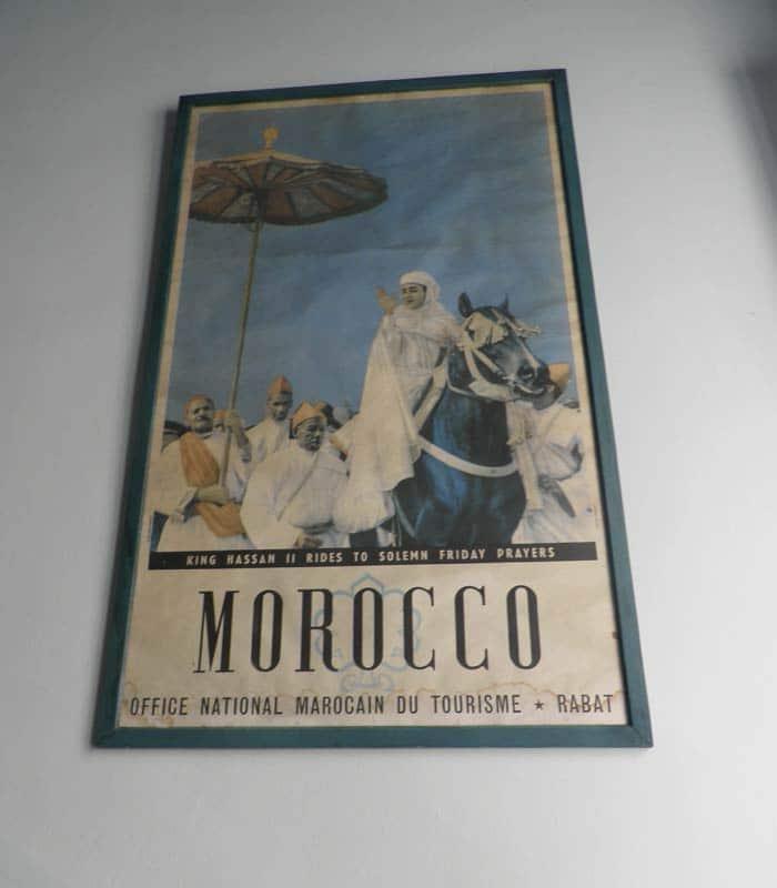 Póster de Hassan II en el Restaurante Hammadi un día en Tánger