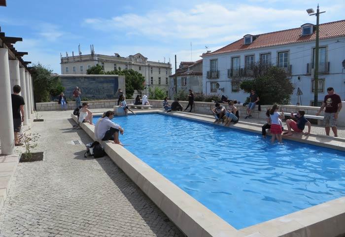 Estanque del Mirador de Santa Luzia miradores de Lisboa