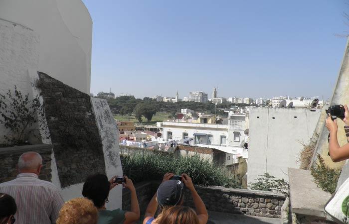 Uno de los miradores que hay en la Alcazaba un día en Tánger