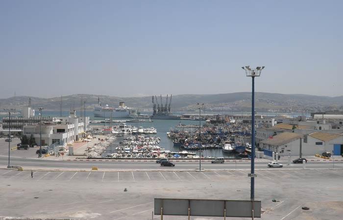 El puerto desde el Hotel Continental un día en Tánger