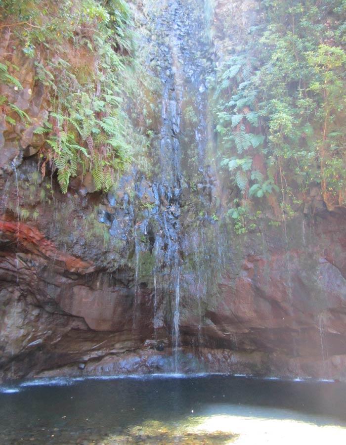 Cascada de la Levada das 25 Fontes