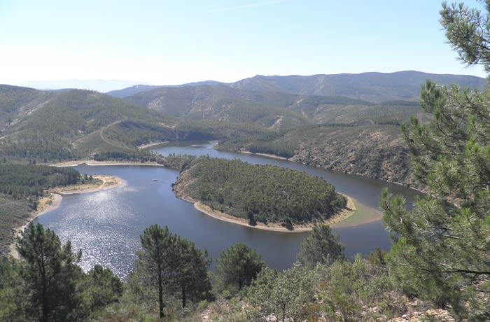 Vista del Meandro Melero desde la pista forestal