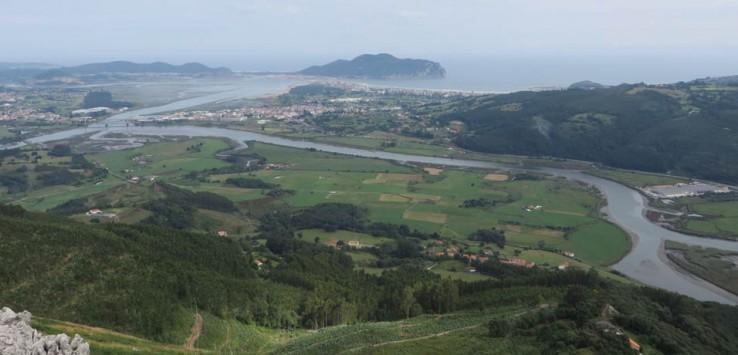 Bahía de Santoña desde el pico Candiano
