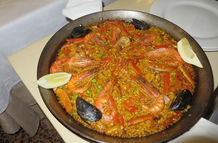 Paella de marisco de Can Rafalet comer en Formentera