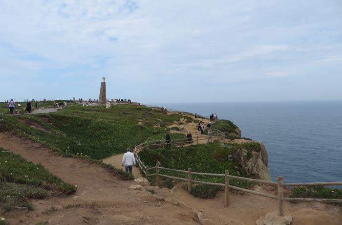 Turistas en el Cabo da Roca