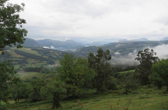 Vistas de Udalla y sus alrededores desde La Aparecida