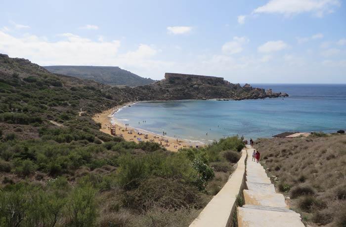 Playa de Ghajn Tuffieha Malta en cuatro días