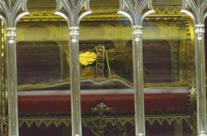 Detalle de la Santa Diestra en la Basílica de San Esteban