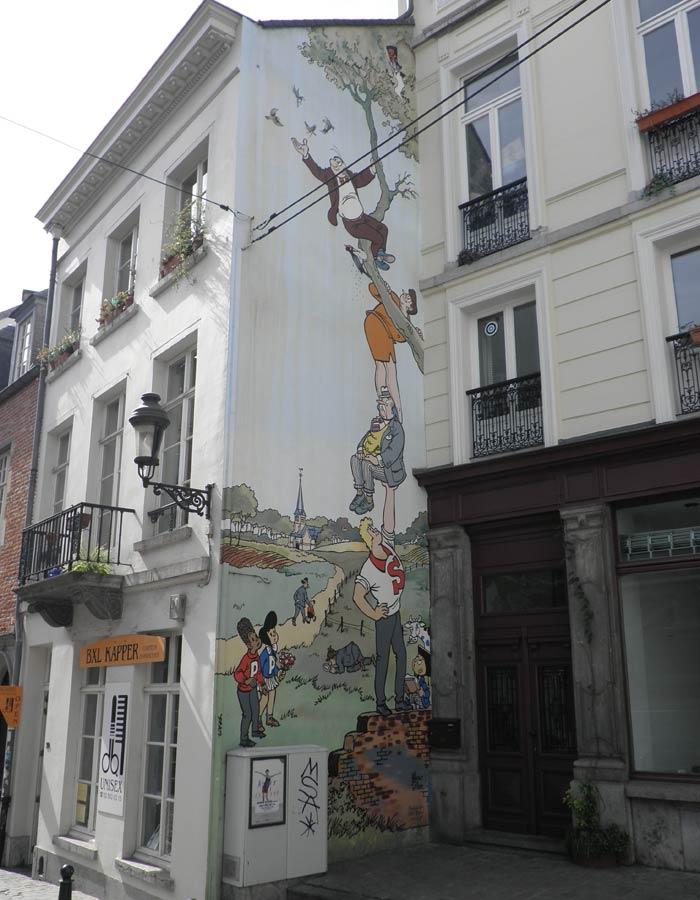 Uno de los murales de la ruta del cómic Bruselas en dos días
